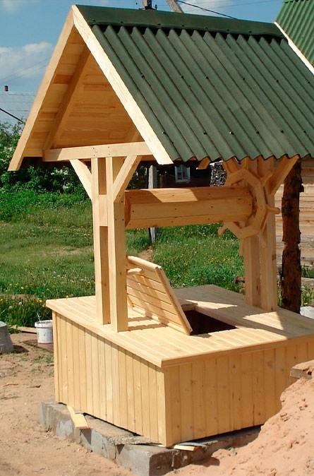 Какие у нас домики для колодца в Боровском районе